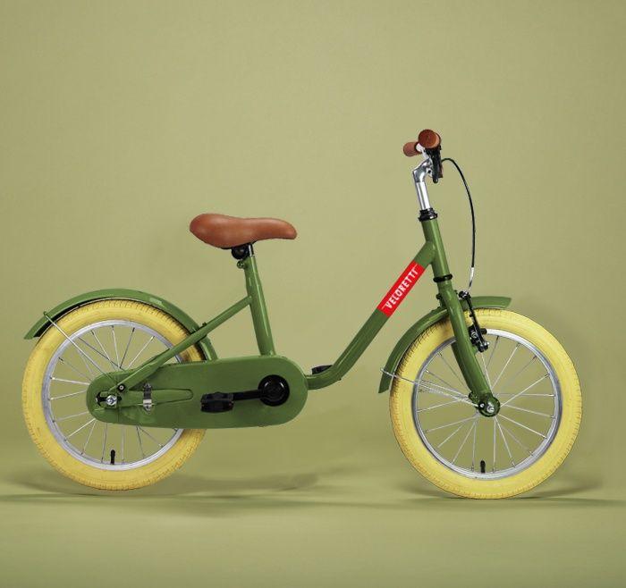 De Veloretti Maxi - Screamin' Olive is een stijlvolle kinderfiets. De Veloretti Maxi's zijn de ideale eerste fietsjes voorzien van handremmen, spatborden en zijwieltjes!