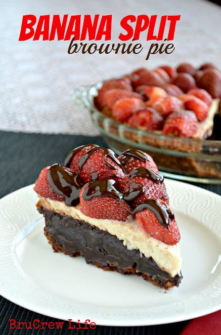 Found this delicious recipe and figure it will be a perfect summer treat.: Fudge Brownies, Brownies Dog, Pies Recipes, Bananas Cheesecake, Bananas Split, Banana Split, Cream Chee, Split Brownies