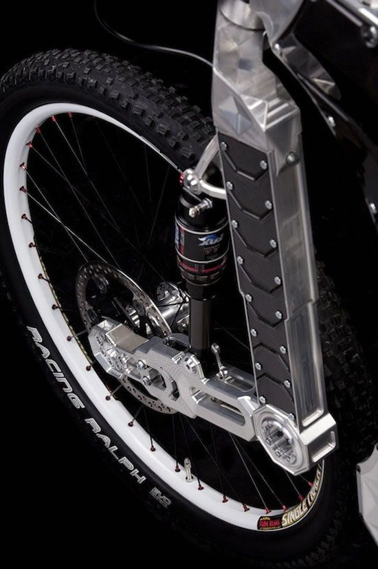 ♂ Bicycle The limited edition M55 Terminus hybrid bike is up for grabs