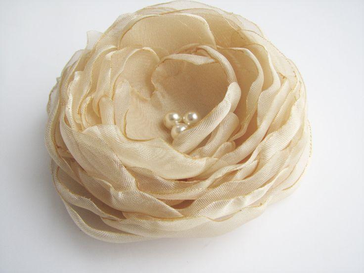 Bridal+hair+clip+Wedding+hair+flower+beige+Hair+by+AijasFlowers,+$17.00