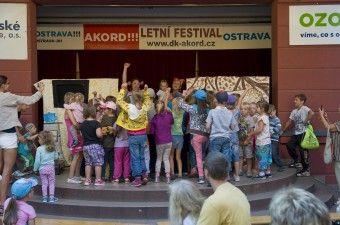 DK AKORD   Foto-video galerie   Tajuplná Země – Myška Klárka a veverka Terka