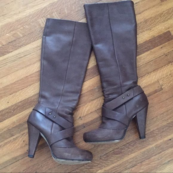 """Seychelles Boots Brown 6.5 Really cute - great condition. Show a little bit of wear but they are supposed to have a slightly distressed look. Have small platform lift, probably 1/2"""". Seychelles Shoes Heeled Boots"""