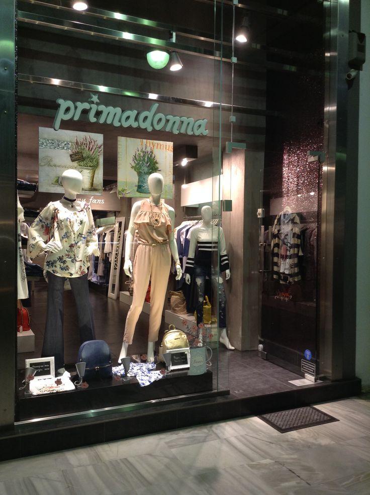 Νέες βιτρίνες νέες παραλαβές σε #γυναικεία_ρούχα Επισκεφτείτε μας Ρήγα Φεραίου 117 Πάτρα η στο eshop http://www.primadonna.com.gr