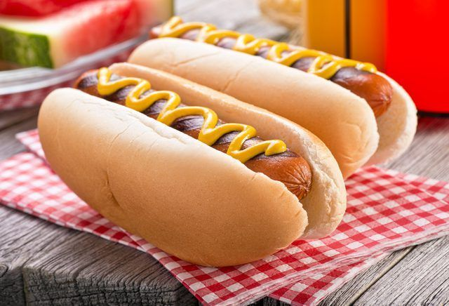 How To Cook Hot Dogs On A Cooktop Range Livestrong Com Hot Dogs Grilling Hot Dogs Dog Bread