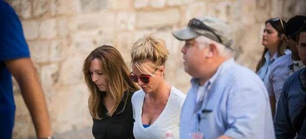 Britney Spears visitó el Muro de la Lamentaciones y canceló una cena con el primer ministro israelí