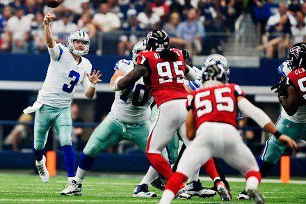 Brandon Weeden Sets Dallas Cowboys Record for Consecutive Completions