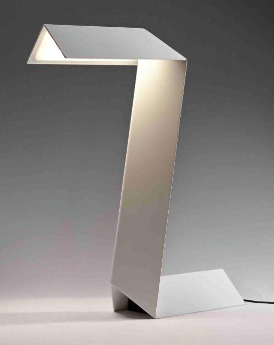 Frederico Churba | Zeta lamp
