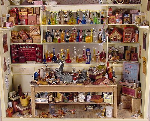 Pharmacy 1:12 Scale Dollhouse Miniature