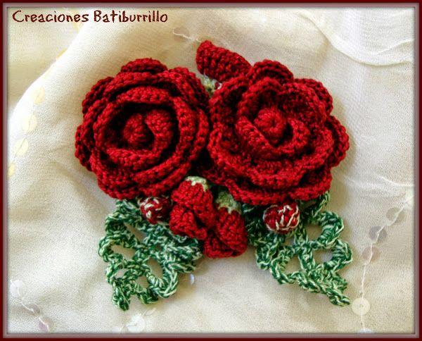 Preciosos detalles hechos a mano broche de rosas rojas a - Detalles de ganchillo para regalar ...