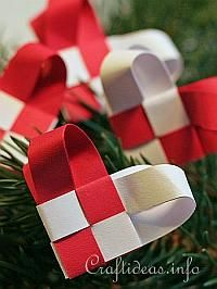 Woven Paper Christmas Hearts or do in your wedding colors and use as decoration for wedding reception