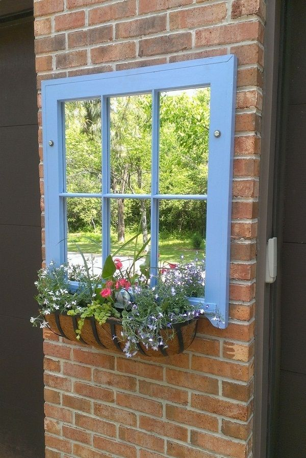 Mirror planter ideas garden decorations old windows for Outdoor mirror ideas