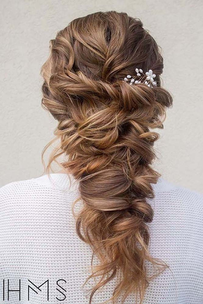 21 Hottest Bridesmaids Hairstyles For Short & Long Hair ❤ See more: http://www.weddingforward.com/hottest-bridesmaids-hairstyles-ideas/ #weddings #hairstyles