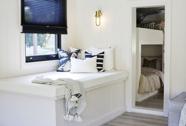 Day Beds: Luxaflex Duette Shades (Duo-Lite) - Three Birds Renovations House 7, River Shack