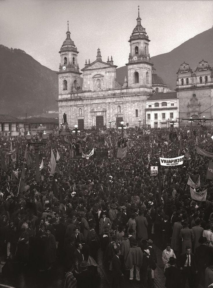 Manifestación liberal, plaza de Bolívar | Sady Gonzalez
