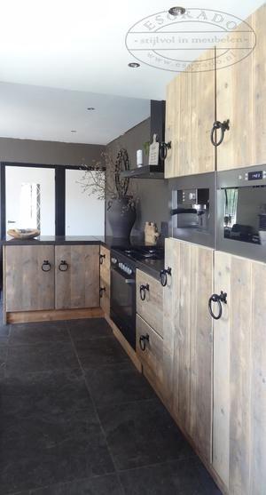 Landelijke <mark>keuken</mark> van <mark>steigerhout</mark>.