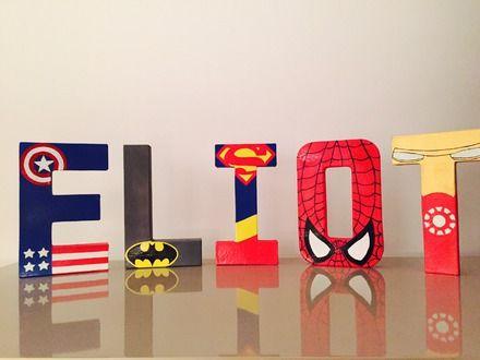 On a tous un super héro à la maison...  Matériaux : Lettre ou symbole en papier mâché, peinture acrylique et accessoires en fonction du thème  Dimension des lettres possi - 17932675