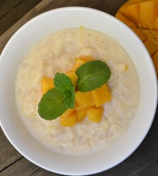 Low Calorie Sticky Rice Pudding with Mango