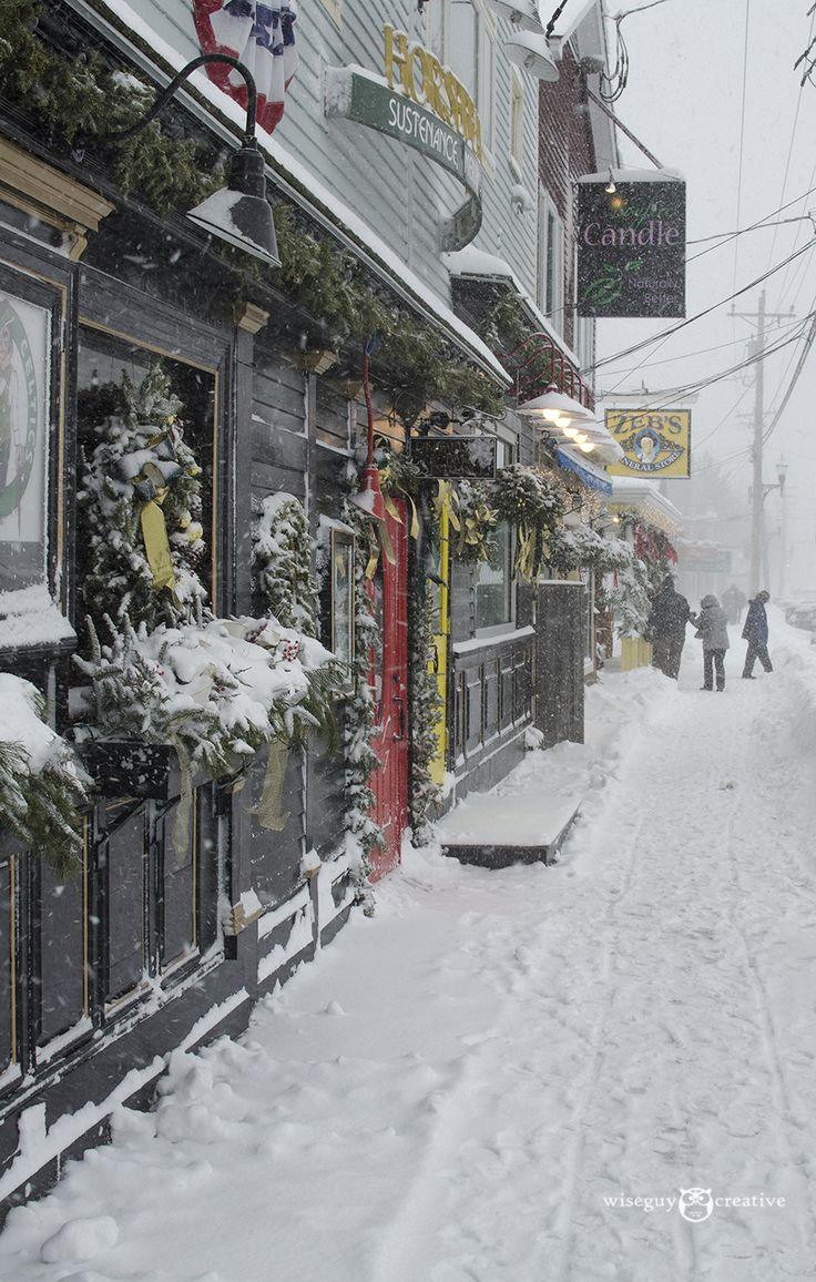 Winter in North Conway Village, NH.  Photo by Dan Houde/Wiseguy Creative.