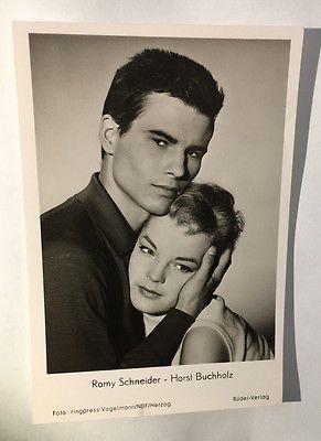 "1957 - Romy Schneider & Horst Buchholz - portrait pour ""Monpti"" - carte postale"