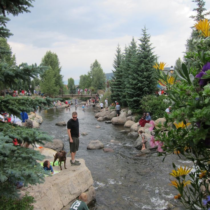 Summer in Breckenridge CO with kids. The River Walk off Main Street is a happening place!