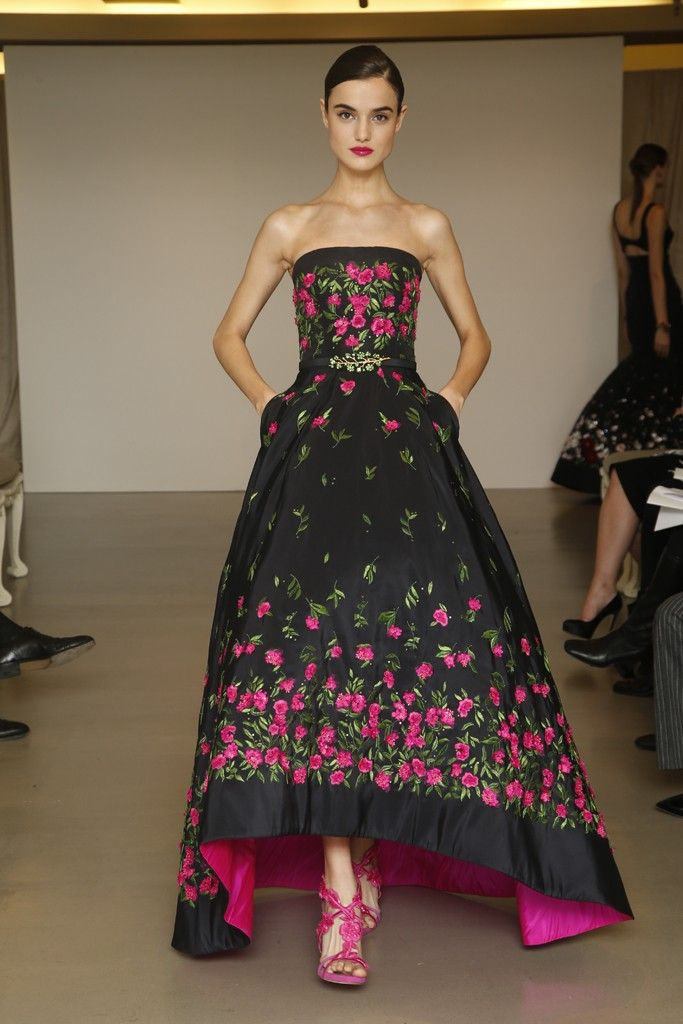 Oscar de la Renta Pre-Fall 2015 - Slideshow - Runway, Fashion Week, Fashion Shows, Reviews and Fashion Images - WWD.com