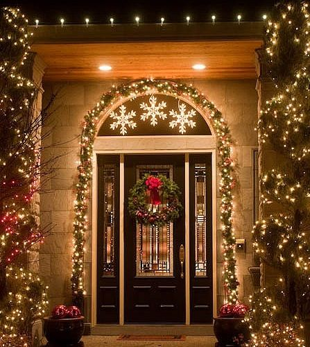 150 best outdoor christmas decorations images on pinterest christmas snowflakes stars aloadofball Choice Image
