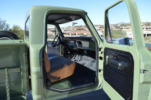 1968 Ford F 250 Lwb Flareside 4 4 Ford Trucks Ford 4x4