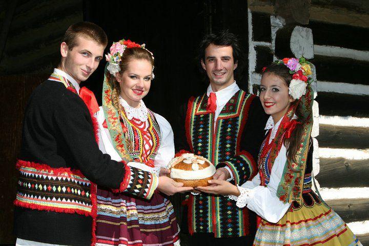 Polish Folk Costumes / Polskie stroje ludowe : Photo