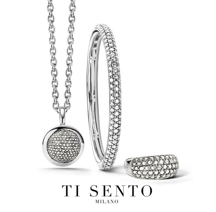 Ti Sento silver matching jewellery.  The beauty of the Ti Sento range of jewellery is that you can match different pieces in the same families to create a jewellery set such as this pendant, bange and ring #LoveTiSento