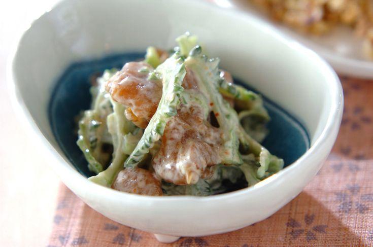 ゆでたゴーヤに焼き鳥、マヨネーズを和えておつまみに最適な一品に。ゴーヤと焼き鳥缶の和え物[和食/一品料理]2010.03.29公開のレシピです。