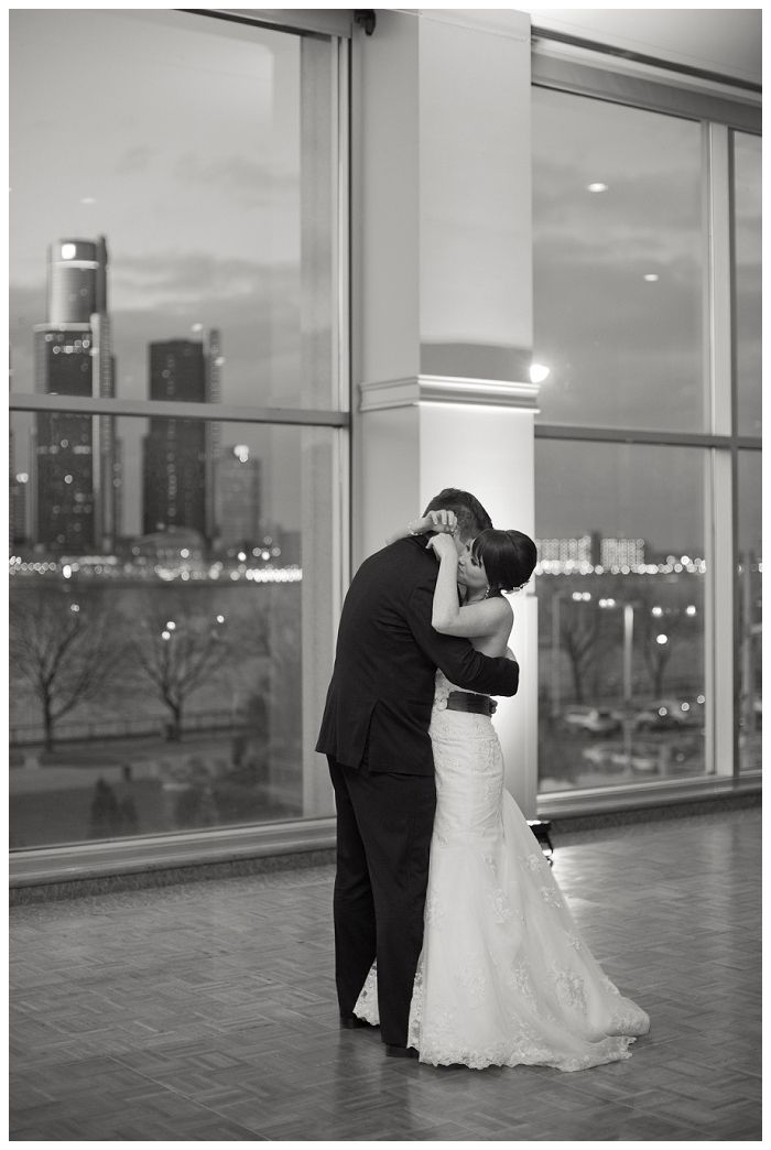 windsor-london-ontario-wedding #stclairforthearts #modernwedding #peonies #springwedding #detroitskyline