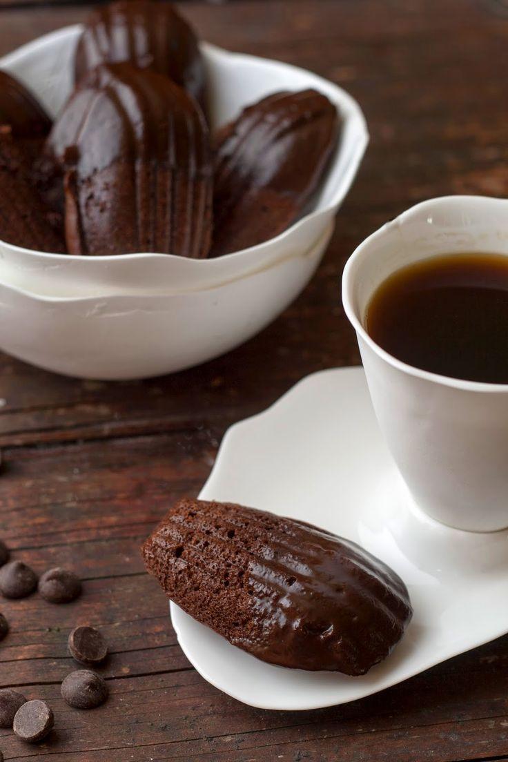 Chocolade madeleines met Nutella vulling