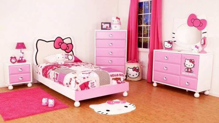 Cute hello kitty themed room decor idea for children