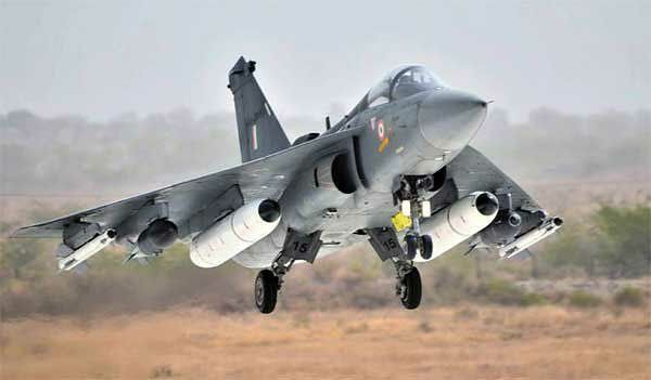 Thursday 4 January 2001 witnessed the first flight of the HAL Tejas  an Indian lightweight multirole jet fighter technology demonstrator TD-1. HAL Tejas supports a compund Delta wing configuration.  #History #MakeINindia #aviationhistory  #planes #airplane #aeroplane #avgeek #avpics #aviation #Instaplane #instadaily #avnerds #instagramaviation #planelovers #photooftheday #mechanics #aesthetic #wings #flyhigh #borntofly #instapic #instagood #fly #soar #sky #igers