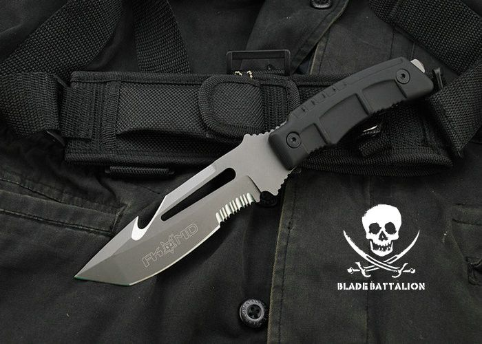 "The FKMD Navita Dive / Combat knife is a brand new model created by the Fox Knives Military Division in Italy. It's a eavy-duty combat/ dive knife featuring a wicked 5-1/8"","