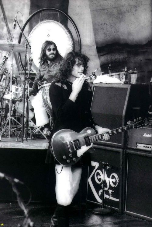 http://custard-pie.com/ John Bonham and Jimmy Page of Led Zeppelin