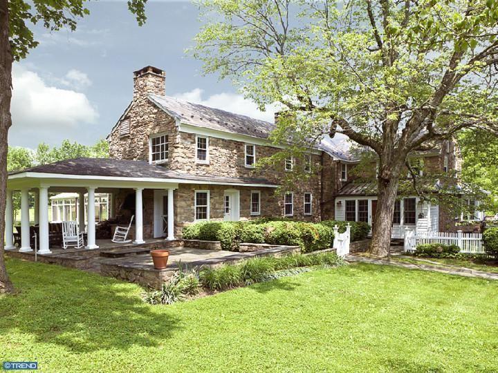 Best 25 Stone exterior houses ideas on Pinterest