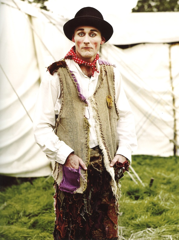 giffords circus, photography by andrew montgomery from the book country by jasper conran.
