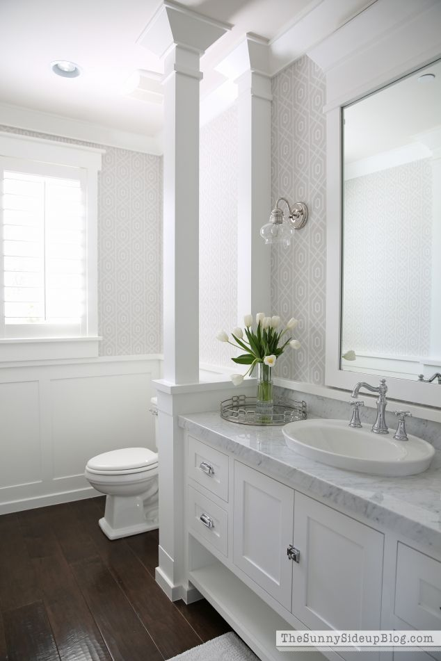 25 best ideas about white bathroom cabinets on pinterest master bath double vanity and - White bathrooms ideas ...