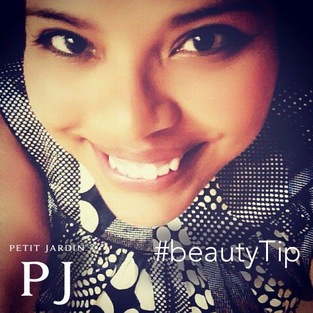 #BeautyTip per il #weekend alle porte! Essere al #top dopo una #notte #folle? Bevete tanta #acqua e affidatevi a un'ottima #crema #idratante. Perchè ogni #giorno è un giorno da #selfie!