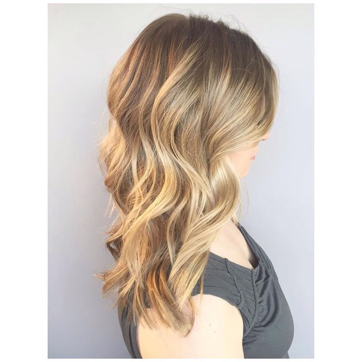 284 best fond of blonde images on pinterest salons for Honey beauty salon
