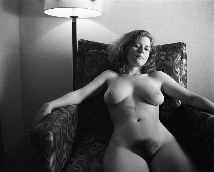 nude women on oregon coast