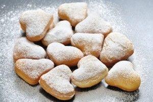 Simple Heart Doughnuts/Gogosi simple si pufoase