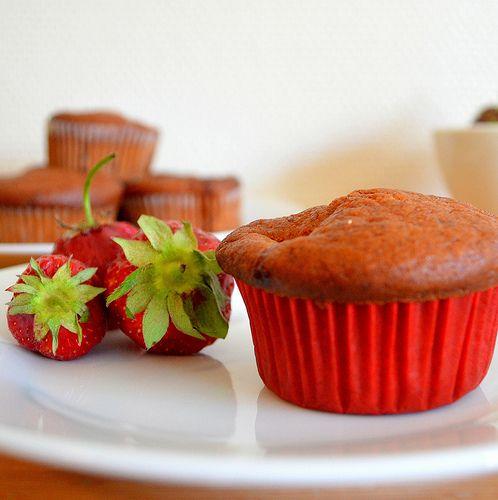 Strawberry & Banana Muffins with Yogurt http://amateurscookingdiary.blogspot.no/2013/07/eggless-strawberry-banana-muffins.html
