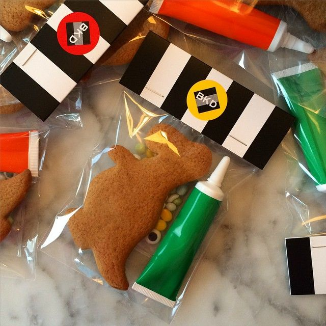BKD Mini Decoration Kits. Great for goodie bags or party entertainment, we do all shapes, flavours etc. #bkd #bkdlondon #biscuits #biscuitdecorating #gingerbread #dinosaur #foodporn #food #instagood #baking #bakingkits #bakestagram #shoreditch #london #mama #kids #fun #craft #instafood #birthday #party #entertainment #rainyday