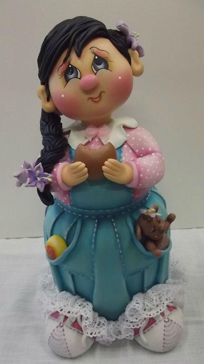 Pote de vidro de 2 L, trabalhado em biscuit em forma de menina de trança com cupcake.  Pote utilitário.  Veja mais modelos no mostruário.    ENCOMENDAS: O PRAZO DE CONFECÇÃO É DE 45 DIAS A PARTIR DA DATA DO AGENDAMENTO. FAVOR CONSULTAR MÊS PARA AGENDAMENTO.    O AGENDAMENTO DO PEDIDO SÓ ESTARÁ CO...