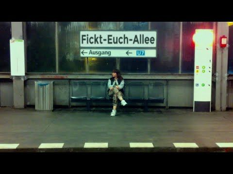 GROSSSTADTGEFLÜSTER - FICKT-EUCH-ALLEE (OFFICIAL VIDEO) - YouTube