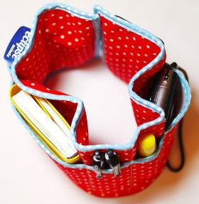 DIY Bag Organizer change bags everyday with ease and find what your actually looking for with this simple pattern.