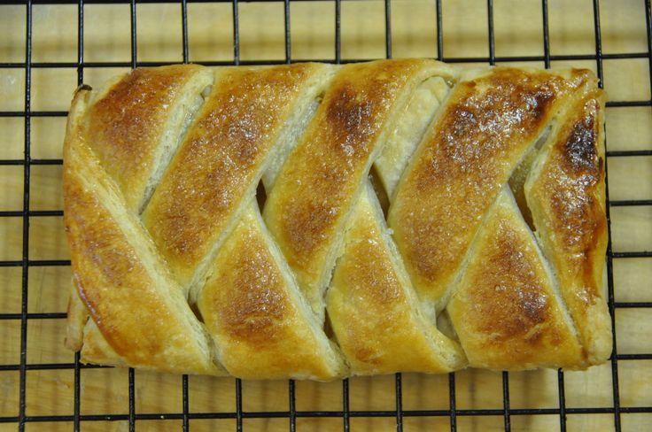 Ricetta Fagottini o Strudel di Sfoglia alle Mele - VivaLaFocaccia - Le Ricette Semplici per il Pane in Casa