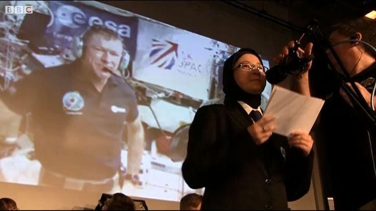BBC TV news has reported on the successful amateur radio contact between astronaut Tim Peake GB1SS on the ISS and students at the Oasis Academy Brightstowe GB1OAS. The contact took place on Friday,...